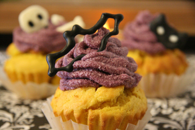 img_pumpkin_n_purplesweetpotato_haloween_muffin_recipe
