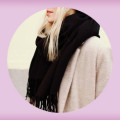 white_black_gray_scarf_outfits_aw